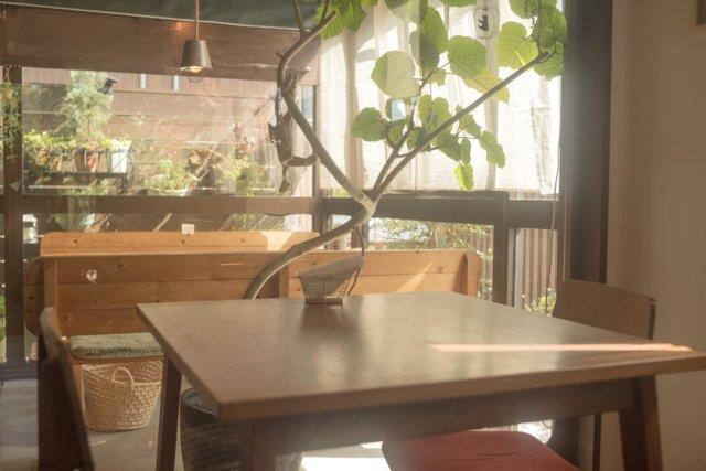 おしゃれくうかん   '20.Oct. location :山口県 lens:#nikkoro35mmf2  camera:D750 #山口県 #きらりんくフォトコン2020  #せとうちうまいもんくらぶ  #やまぐちgram  #tokyocameraclub  #everyones_photo_club #bestjapanpics #love_bestjapan #japan_daytime_view  #team_jp_ #神戸カメラ部 #japan_bestpic_  #ptk_japan #daily_photo_jpn #art_of_japan_  #lovers_amazing_group #ap_japan_ #jalan_net  #japan_of_insta  #light_nikon  #おいでませ山口 #やまぐちマジックスポット  #テーブルフォト #光市 #きなこカフェ #まいぷれ周南フォトコン2020秋  myplshunan  #ひかりの光 #光市カフェ  #光市ランチ