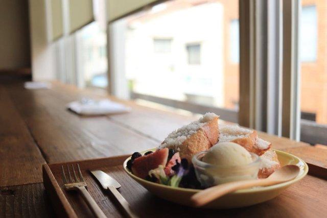 ・ ・ ・ ❃ ・ 『kupu』 ❃ ・ ♧フレンチトースト♧ ❃ ・  ・ めっちゃ好きな隠れ家カフェ🍰☕️ ここのカフェは肉・魚・化学調味料を一切使わないオーガニックなカフェ🍰 ランチはまだ食べたことないけど、すごくヘルシーで美味しそう☺️ けど、なんといってもここのフレンチトーストが1番美味しくて、何回もこれだけの為に通ってしまってる😋 一回は食べてもらいたい✨ ・ ・myplshunan ・ #cafe#café #cafe☕ #cafetime#cafelife #cafestagram#cafestagram☕️ #cafegram#cafe巡りしたい#cafe好きな人と繋がりたい #カフェ好きな人と繋がりたい#instagood#instafood #instacafe#山口カフェ#山口カフェ巡り #山口cafe#山口cafe巡り #cafe巡り男子#カフェ巡り#カフェ巡りしたい#カフェ巡り部 #カフェスタグラム #周南カフェ#周南カフェ巡り#周南ランチ#周南グルメ#やまぐちいいとこ#kupu#まいぷれ周南フォトコン2020秋